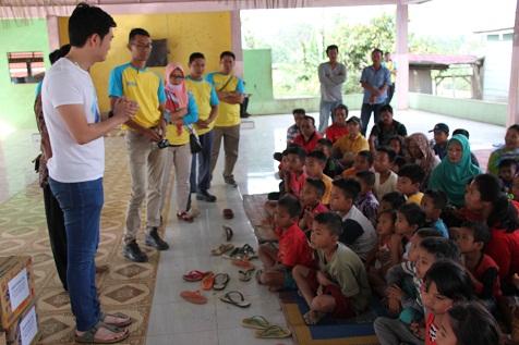 CSR 2018 - Berbagi kecerian bersama anak-anak di desa tanjung pulo